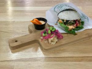 Sushi-burgare-sushi-time-hallunda